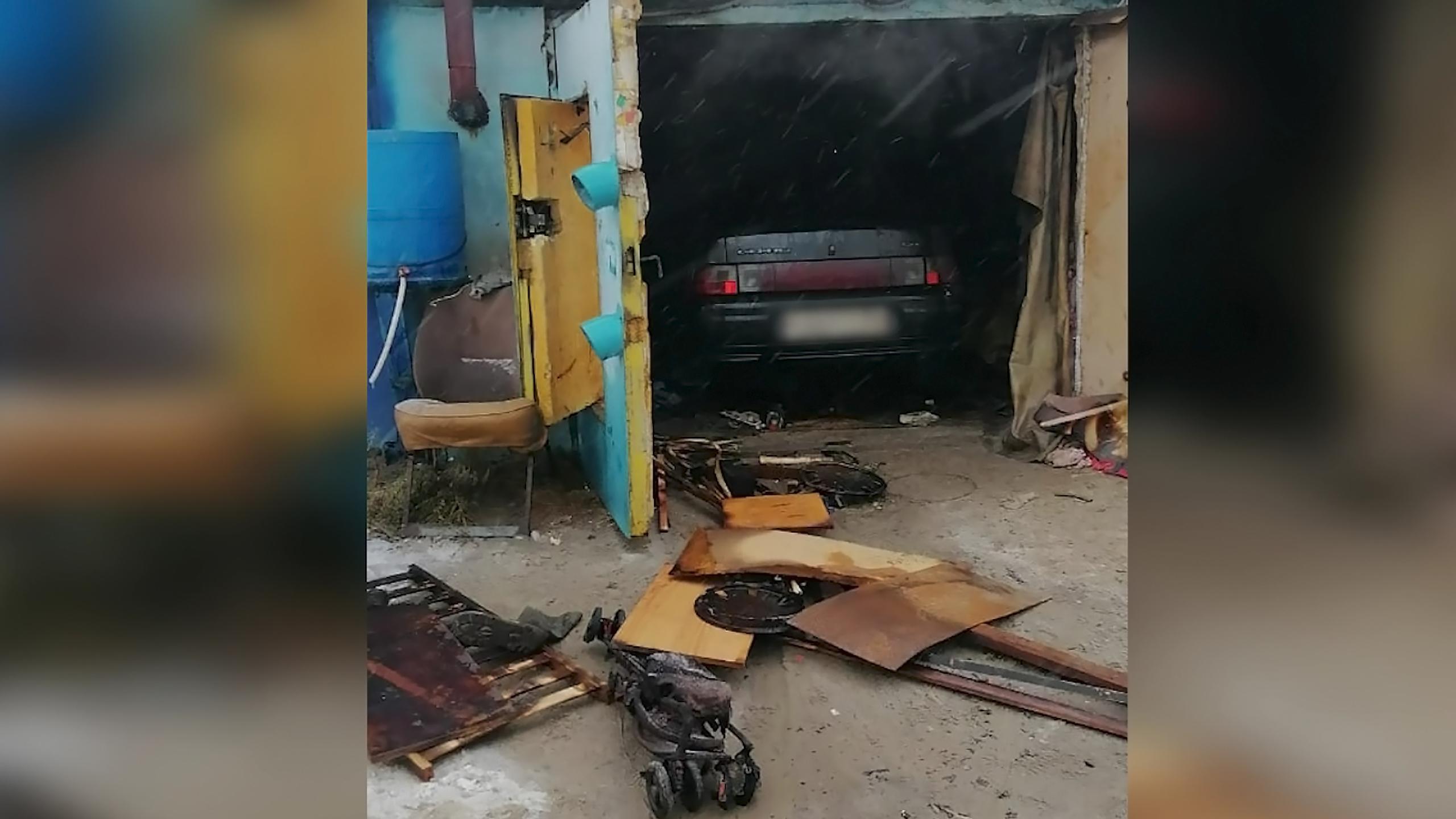 Пожар произошел на территории промзоны в Муравленко: есть погибший