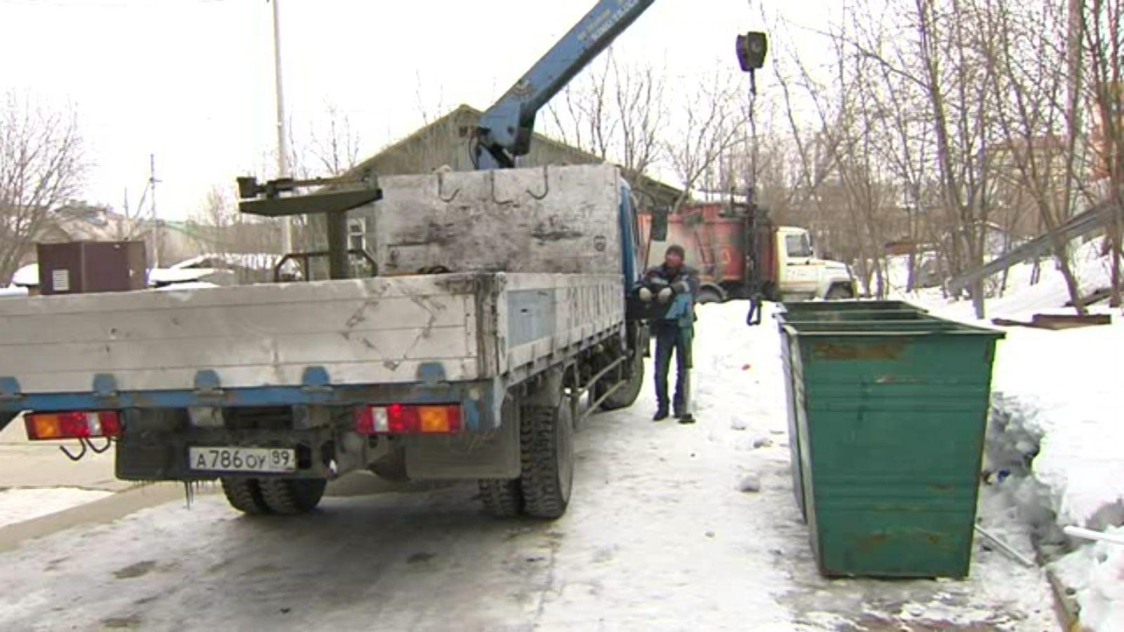 Из-за сильных морозов в Тарко-Сале возникли проблемы с вывозом мусора